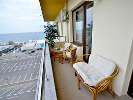 Summerland New York Exclusive Apartment - Mamaia photos Room