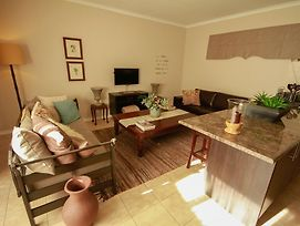 Salt And Light Two Bedroom Self Catering Apartment photos Room