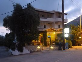 Babis Taverna & Rooms photos Exterior