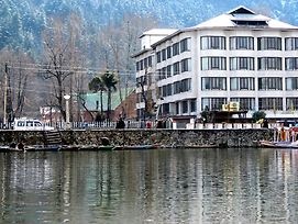 Welcome Hotel At Srinagar photos Exterior