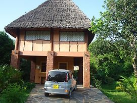 Diani Beach Villas Cottages photos Exterior