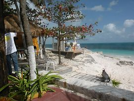 Cancun Beach Hideaway photos Exterior