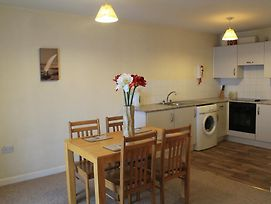 Serviced Apartments Wexford photos Room