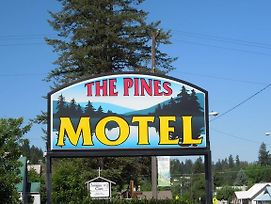 The Pines Motel photos Exterior