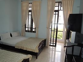 Duy Hung Hotel photos Room