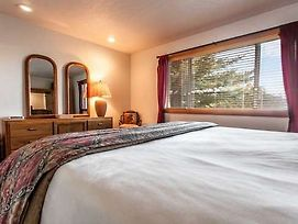 Northridge Hideaway By First Choice Property Management photos Room