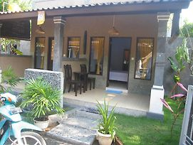 Bhakti Guest House photos Exterior