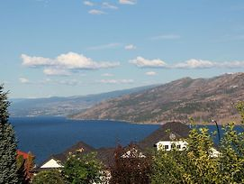 Peachland Lakeview Vacation Suite photos Exterior
