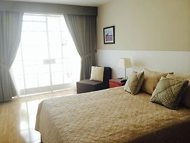 Studio Apartment In Miraflores photos Room