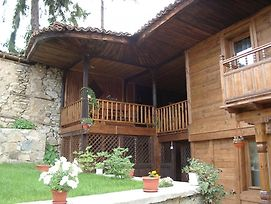 Sarafova Guest House photos Exterior