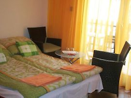 Attila Apartman photos Room