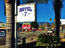 Downtown Motel 7 photos Exterior