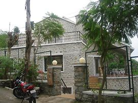 The Colonial Kaanchi House Mount Abu photos Exterior