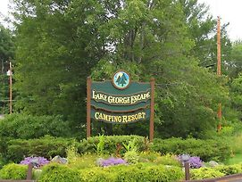 Lake George Escape Campground photos Exterior