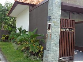 Anew Pavilliun Homestay photos Exterior