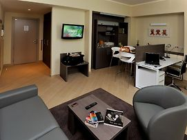 Chc Business Residence photos Room