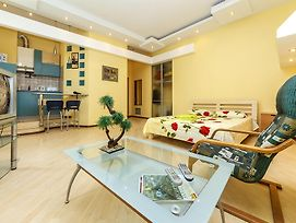 Luxrent Apartments On Bessarabka - Kiev photos Room