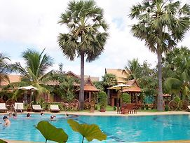 Apsara Angkor Resort & Conference photos Exterior