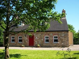 Annagh Cottage photos Exterior