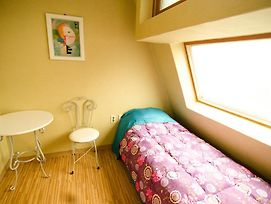 Kimchee Sinchon Guesthouse photos Room