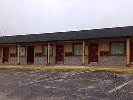 Interstate Inn Express photos Exterior