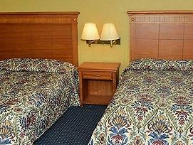Ivory Tower Motor Inn Green Brook photos Room