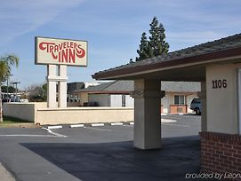 Travelers Inn Manteca photos Exterior