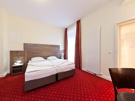 Novum Hotel City Apart Hamburg photos Room