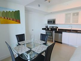 Pelican Stay Furnished Apartments In Monte Carlo Miami Beach photos Exterior