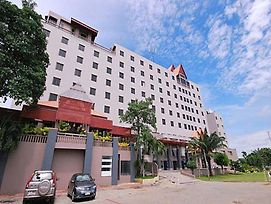 Songphanburi Hotel photos Exterior