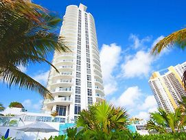 Sunny Isles Beach Marenas Apartment photos Exterior