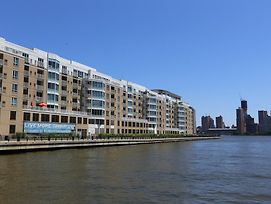 Premier Furnished Apartment At The Pier photos Exterior