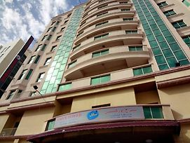 Oryx Tower Furnished Apartments photos Exterior