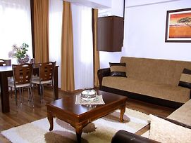 Karahan Residence photos Room
