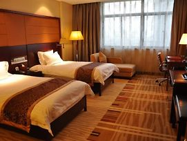 Suzhou Jia Sheng Palace Hotel photos Room