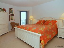 Emerald Isle #103 photos Room
