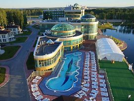 Ramada Hotel And Spa Yekaterinburg photos Exterior