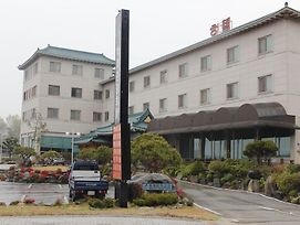 Baekche Tourist Hotel photos Exterior
