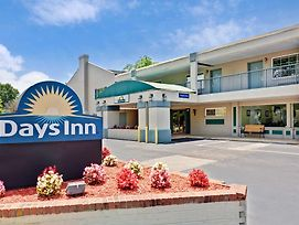Days Inn Williamsburg Colonial Area photos Exterior