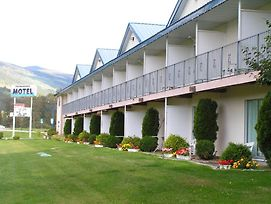Monashee Motel photos Exterior