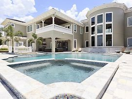 Experience A Villa Holiday Of A Lifetime At Reunion Resort And Spa Kissimmee Orlando Mansion 2912 photos Exterior
