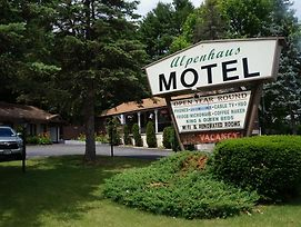 Alpenhaus Motel photos Exterior