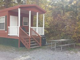 Lake George Escape Loft Cabin Premium 21 photos Exterior