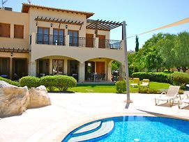 3 Bedroom Apartment Atropos With Communal Pool Aphrodite Hills Resort photos Exterior