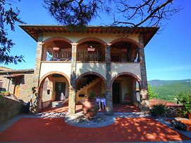 Attractively Furnished Apartment On A Large Estate In The Chianti Region photos Exterior