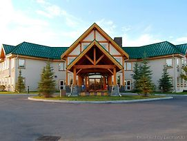 Lakeview Inns & Suites - Okotoks photos Exterior