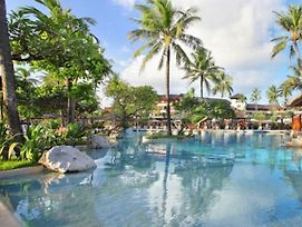 Nusa Dua Beach Hotel And Spa photos Exterior