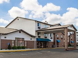 Quality Inn & Suites Delaware photos Exterior
