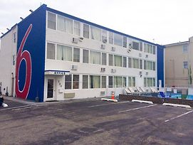 Motel 6 Seaside Heights - Toms River photos Exterior