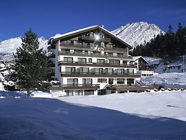 Alpin photos Exterior